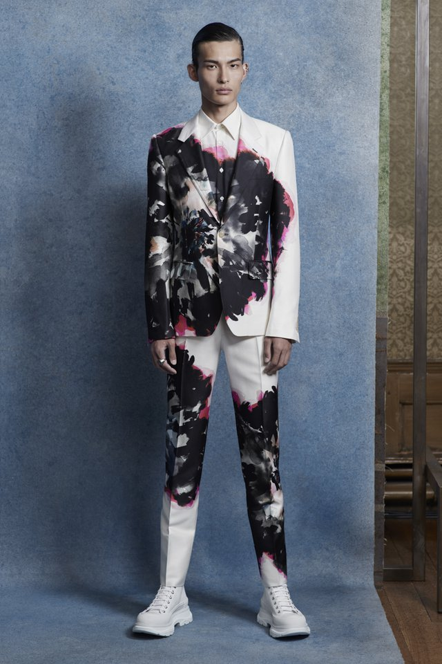 uk availability d73e8 c6f11 Alexander McQueen S/S 20 Menswear | SHOWstudio